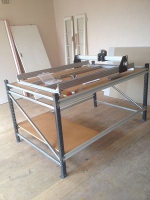 large ox just starting to plan and install electronics table ex Dexion $120